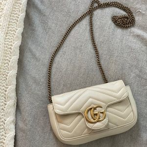 Gucci bag pearl white